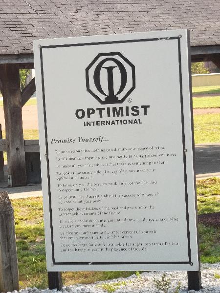 optimist-club-008
